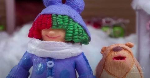 Placeholder - loading - Imagem da notícia Sia divulga mais um clipe de natal