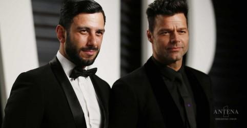 Placeholder - loading - Imagem da notícia Ricky Martin anuncia casamento