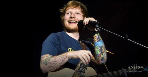 Placeholder - loading - Imagem da notícia Ed Sheeran sofre acidente de bicicleta