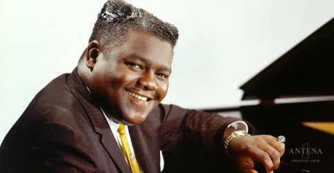 Placeholder - loading - Fats Domino morre aos 89 anos