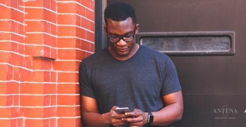Pesquisador afirma que vício em smartphone não existe