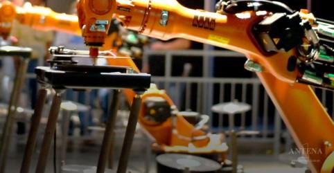 Japão planeja usar robôs para ajudar na construção civil