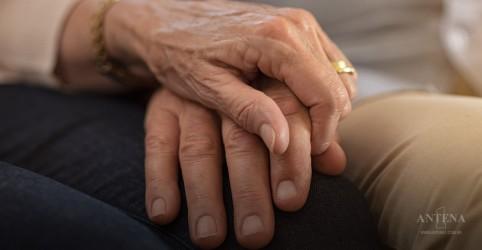 Placeholder - loading - Descoberta nova forma de diagnosticar o Parkinson precocemente
