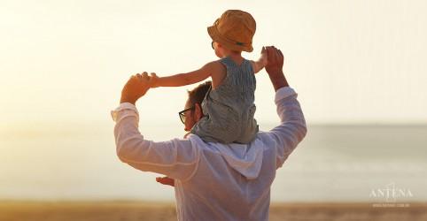 Placeholder - loading - Imagem da notícia Pai passa mais alterações genéticas para filho