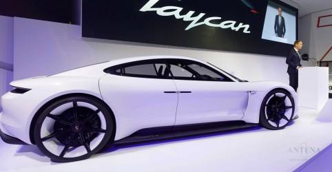 Placeholder - loading - Imagem da notícia Novo carro elétrico da Porsche vai ter recarga super rápida