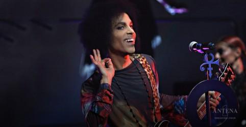 Placeholder - loading - Imagem da notícia Disco inédito de Prince é anunciado