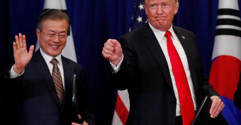Placeholder - loading - Imagem da notícia Trump quer que Kim saiba que gosta dele e cumprirá desejos da Coreia do Norte, diz Moon