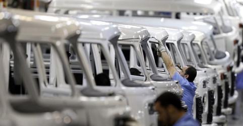 Demanda melhora e produção da indústria do Brasil tem melhor nível em 8 meses em novembro, diz PMI