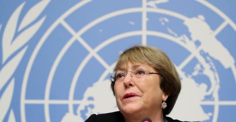 Bachelet, da ONU, diz ser contrária à liberação de armas sem controle e que órgão monitora Brasil de perto