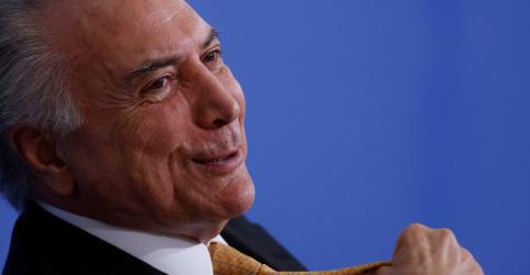 Temer sugere que Bolsonaro use atual reforma da Previdência para aprovar idade mínima