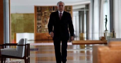 Placeholder - loading - Temer sugere que Bolsonaro use atual reforma da Previdência para aprovar idade mínima