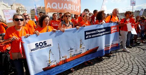 Placeholder - loading - Imagem da notícia Último navio de resgate de refugiados no Mediterrâneo encerra operações