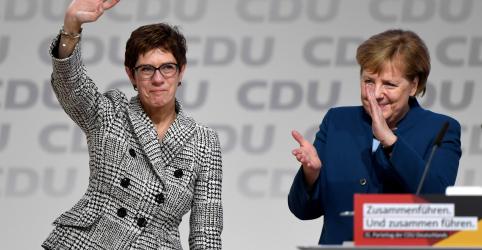 Placeholder - loading - Imagem da notícia Partido alemão CDU elege Kramp-Karrenbauer como nova líder
