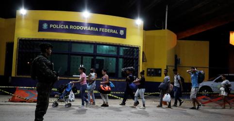 Placeholder - loading - Imagem da notícia Temer diz que acertou com governadora de Roraima intervenção federal no Estado