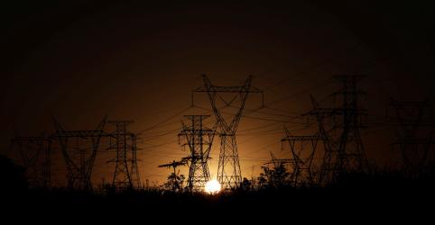 Consório Oliveira Energia-Atem arremata distribuidora da Eletrobras no Amazonas