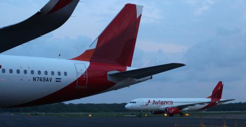 Placeholder - loading - Imagem da notícia Avianca Brasil pede recuperação judicial, cita ameaça de retomada de aviões