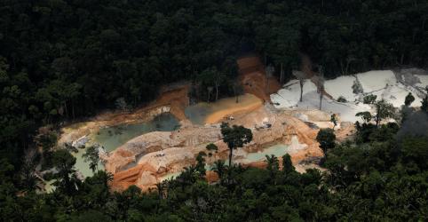 Placeholder - loading - WIDER IMAGE-Amazônia sofre danos de mineração ilegal 'epidêmica'