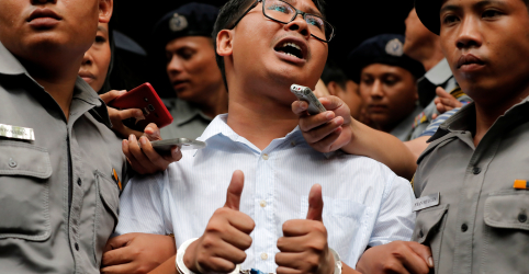 Placeholder - loading - Imagem da notícia Número de jornalistas presos por exercício da profissão chega perto de recorde, diz relatório