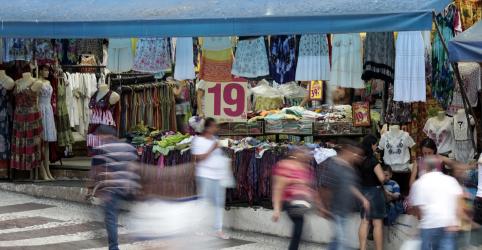 Vendas no varejo do Brasil frustram expectativa e recuam em outubro pelo 2º mês seguido