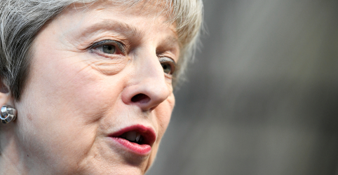 Adversários veem pedido de ajuda de May à UE para o Brexit como fracasso