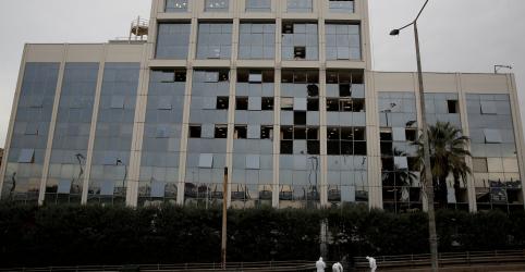 Placeholder - loading - Imagem da notícia Explosão quebra janelas e danifica escritórios de emissora grega SKAI TV