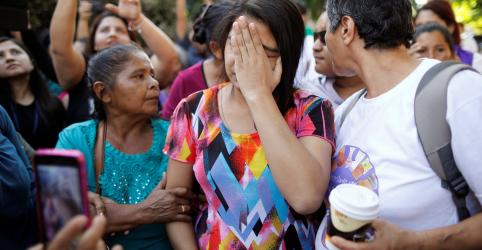 Corte de El Salvador absolve mulher presa sob lei contra aborto