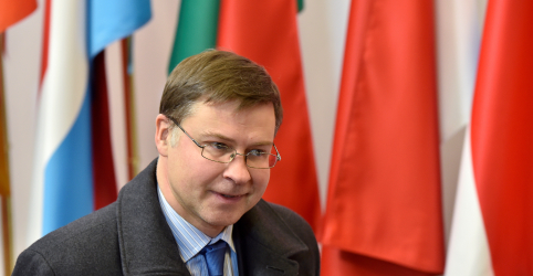 Placeholder - loading - UE fecha acordo com Itália sobre Orçamento para 2019