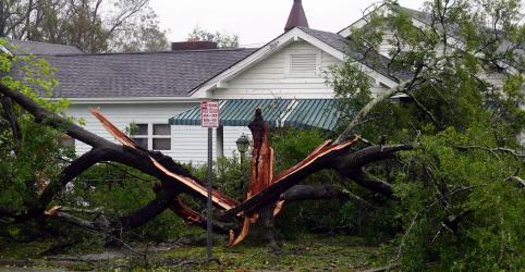 Tempestade Florence causa alagamentos e deixa ao menos 5 mortos nas Carolinas