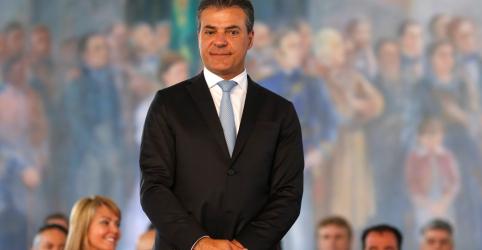Placeholder - loading - Imagem da notícia Gilmar Mendes manda soltar ex-governador do Paraná Beto Richa