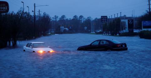 Placeholder - loading - Imagem da notícia Pior das enchentes provocadas por Florence ainda está por vir, diz meteorologista dos EUA