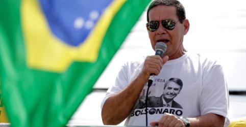 Placeholder - loading - Mourão diz que é preciso relevar fala de Bolsonaro sobre fraude e defende nova Constituição