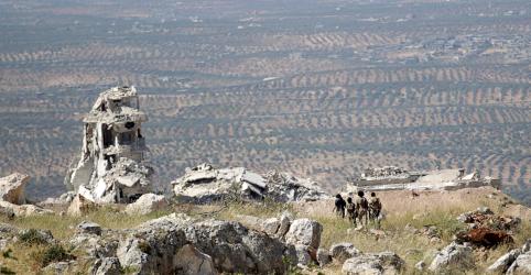 Placeholder - loading - Imagem da notícia Rebeldes sírios veem acordo sobre Idlib como vitória; Damasco diz ser teste para Turquia