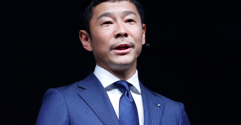 Placeholder - loading - Imagem da notícia Japonês magnata da moda Maezawa será primeiro passageiro de voo particular à Lua