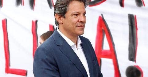 Haddad nega que dará indulto a Lula e diz que ex-presidente quer provar inocência