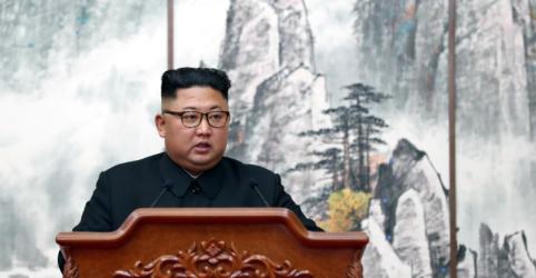 Placeholder - loading - Imagem da notícia Líder norte-coreano concorda com inspeções estrangeiras para salvar negociações