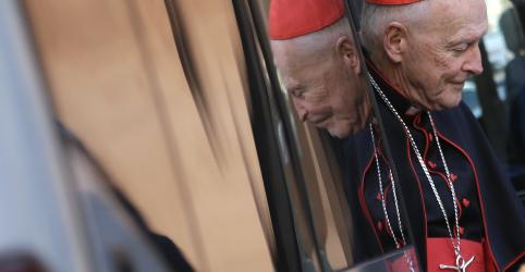 Placeholder - loading - Imagem da notícia Igreja Católica dos EUA planeja disque-denúncia para vítimas de abusos