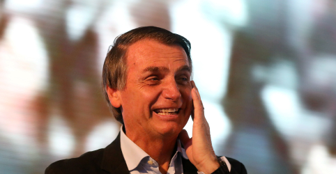 Com discurso anti-PT, campanha de Bolsonaro prega voto útil para tentar ganhar no 1º turno