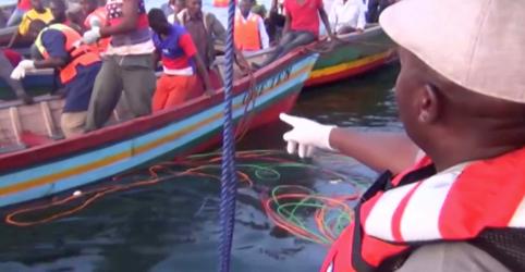 Placeholder - loading - Imagem da notícia Número de mortes por naufrágio na Tanzânia sobe para 136