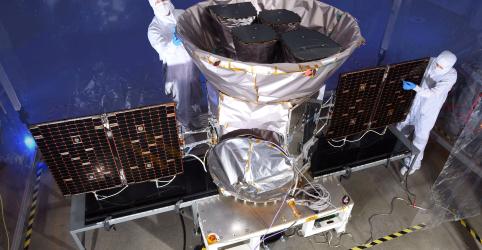 Placeholder - loading - Imagem da notícia Telescópio da Nasa descobre dois novos planetas cinco meses após lançamento