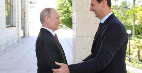 Putin diz a Assad que irá fornecer sistema antimíssil S-300 à Síria