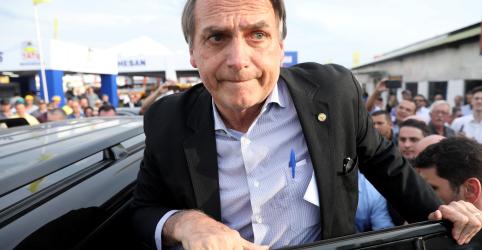 Placeholder - loading - Imagem da notícia Em entrevista, Bolsonaro chama proposta de Paulo Guedes para Imposto de Renda de 'ousada'
