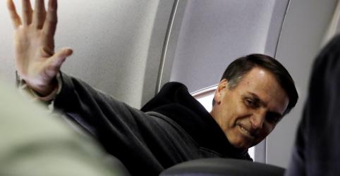 Bolsonaro recebe alta de hospital 23 dias após ser esfaqueado