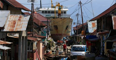 Indonésia reforça busca por sobreviventes de terremoto após número de mortos superar 1.200