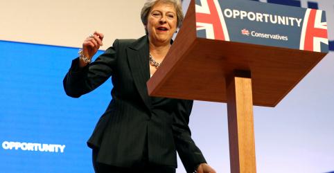 Pressionada, May pede união de conservadores sobre Brexit em conferência do partido