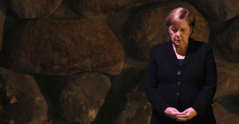 Merkel visita memorial do Holocausto em Jerusalém