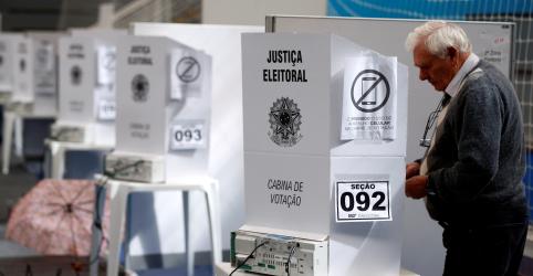 Placeholder - loading - TSE registra 2.400 trocas de urnas e 149 prisões em dia de votação