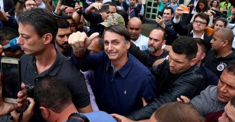 Placeholder - loading - Bolsonaro vai explorar 'corrupção petista' e buscará ser propositivo no 2º turno