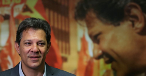Placeholder - loading - Imagem da notícia Haddad cobra participação de Bolsonaro em debates e diz que vai 'até em uma enfermaria' se necessário