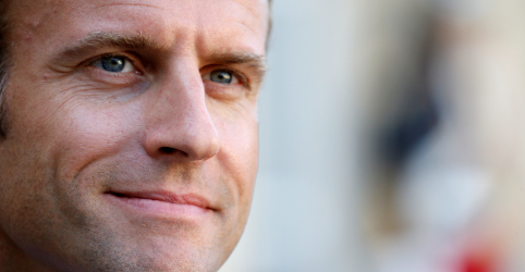 Placeholder - loading - Macron reforma ministério em busca de acabar com meses de turbulência na França