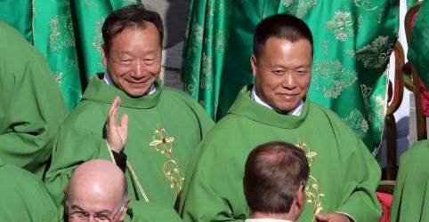 Placeholder - loading - Bispos chineses presentes em reunião no Vaticano convidam papa para visita histórica